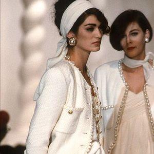Iconic Chanel Vintage Spring Summer 1990 Ecru Suit